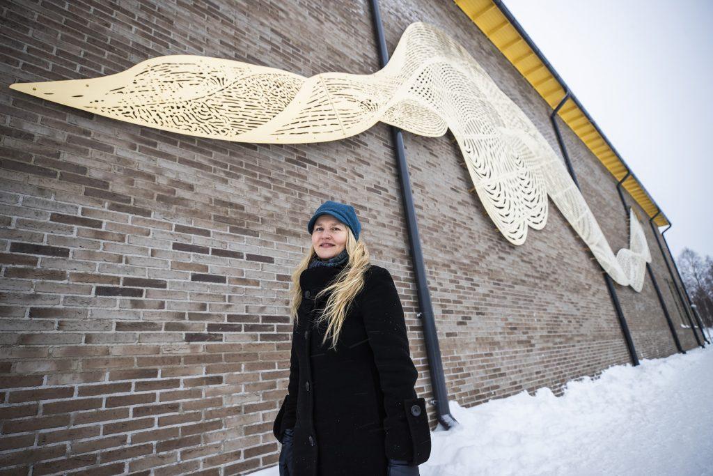 Minna Kangasmaa: Kunnianosoitus vrtaaville vesille